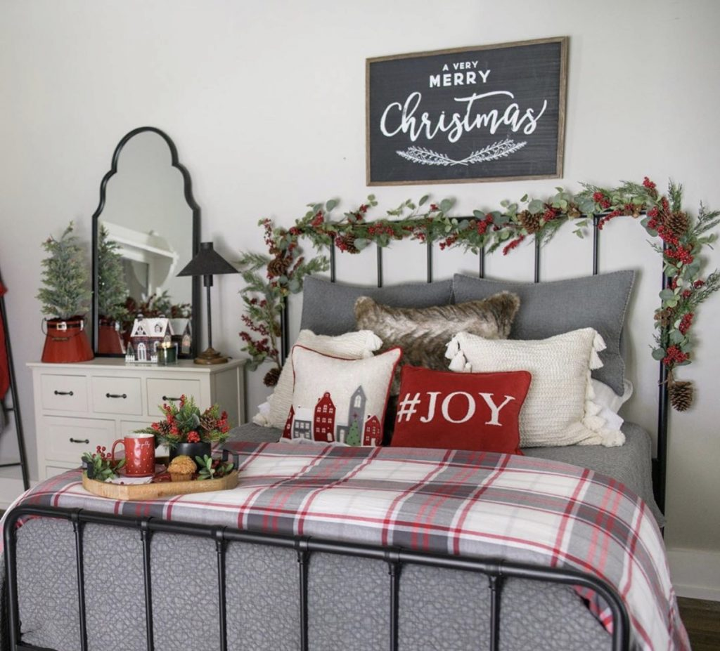 dekorasi natal rumah kamar tidur utama