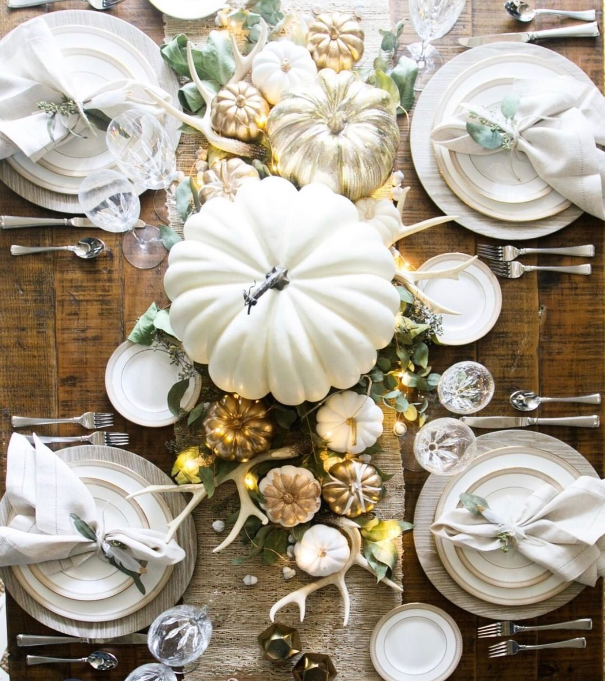 Thanksgiving Table Decorating: 39 Stunning Thanksgiving Table Decor Ideas