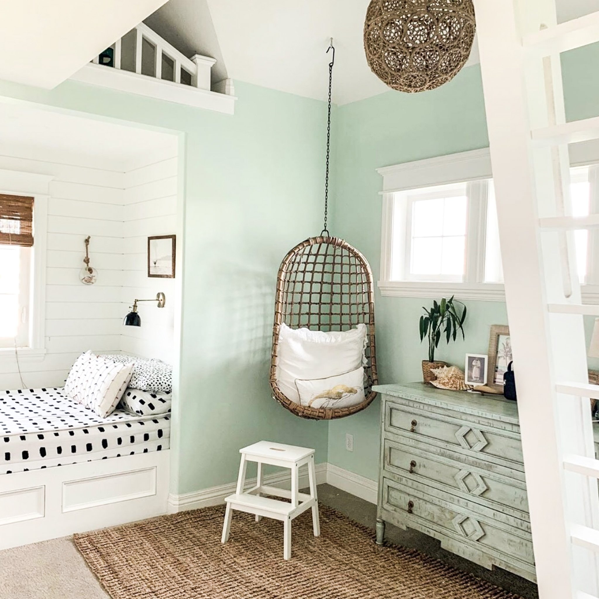 23 Best Teen Girl Room Ideas - Chaylor & Mads